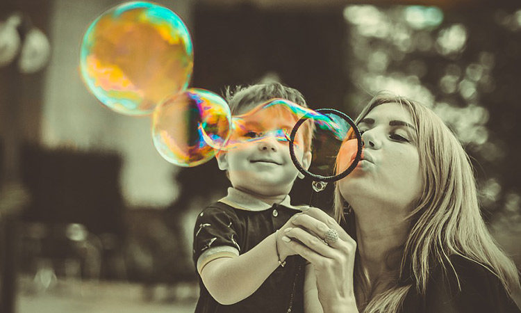¡Burbuja tecnológica a la vista! Que las habilidades sociales suban a escena ¡ya!