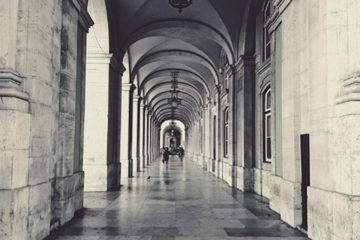 El 1 de octubre de 2019 entra en vigor la nueva reforma laboral de Portugal, esto es, diferentes alteraciones al Código Laboral, el Régimen Legal de Protección Social en la Parentalidad y el Código de Régimen Contributivo del Sistema de Seguridad Social